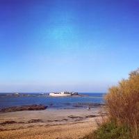 0 degré mais un ciel bleu iroise au Fort-Bloqué ce matin. Ça ravigote !