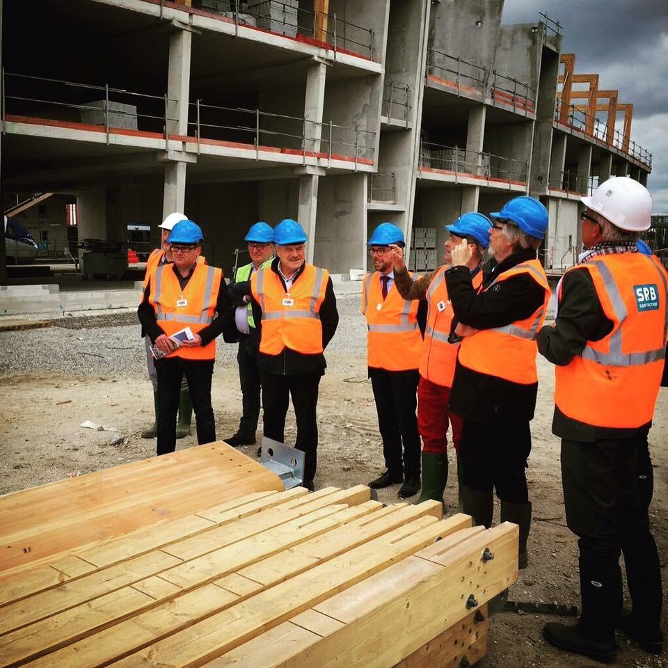Nouvelle gare sncf de lorient visite de chantier avec for Visite de chantier