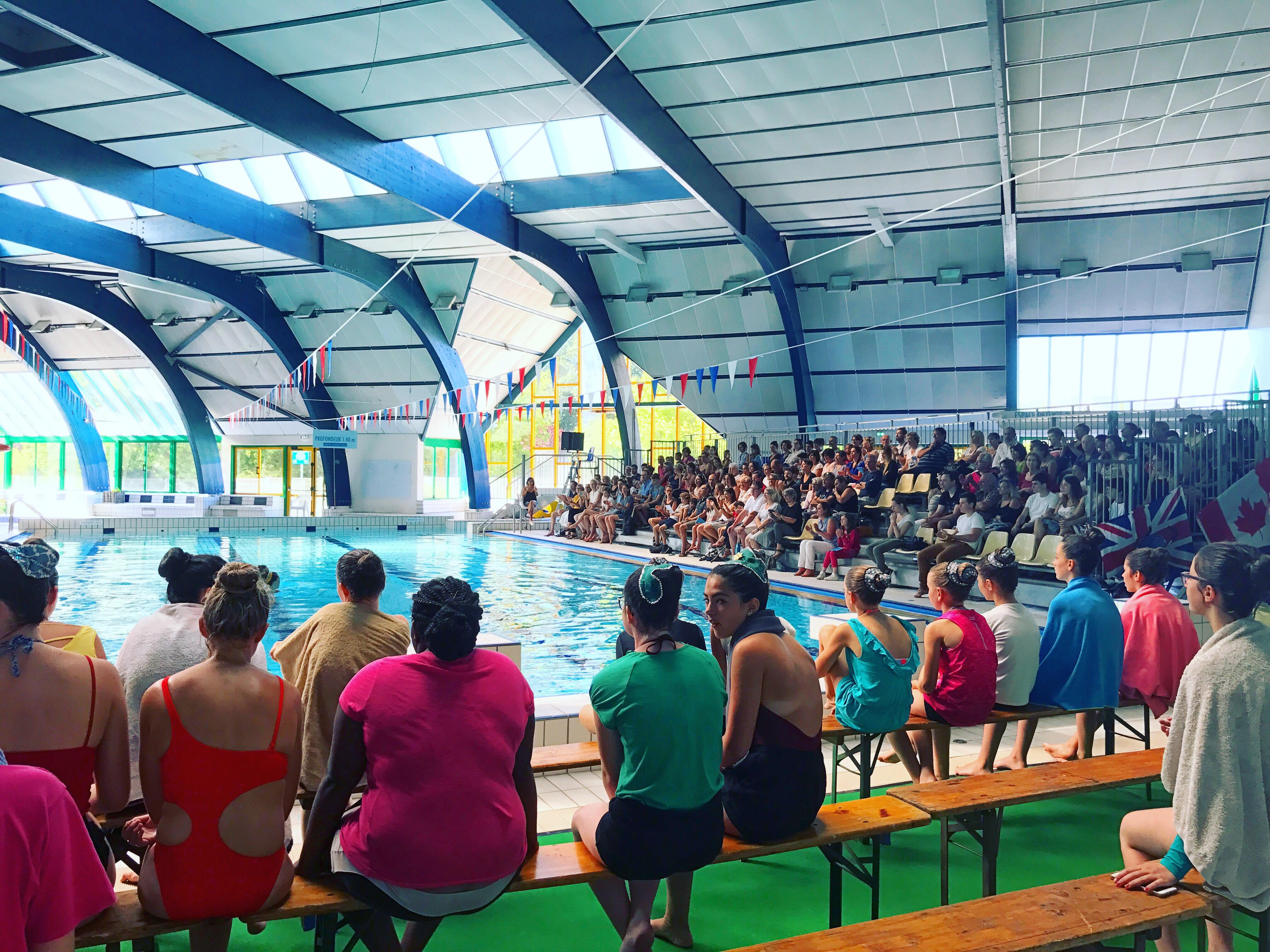 Gala de natation synchronis e piscine oc anis avec ronan for Piscine oceanis