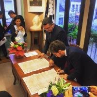 Signature avec Nazih Abi Semaan du jumelage entre Ploemeur et Ehmej au Liban
